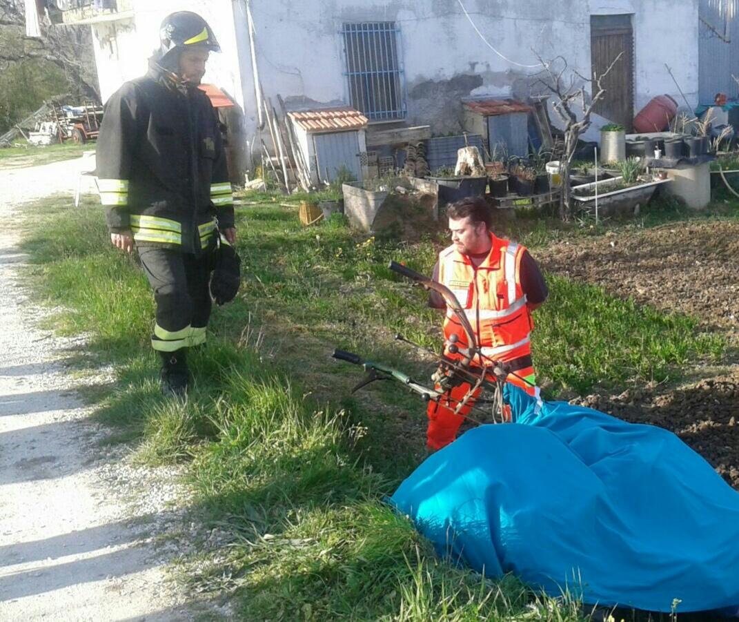 Villa Lempa, perde il controllo di una motozappa: agricoltore muore sul colpo